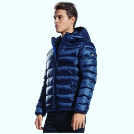 È arrivata la nuova collezione di giacche e piumini uomo e donna #Canadiens!  www.elitesportriva.it